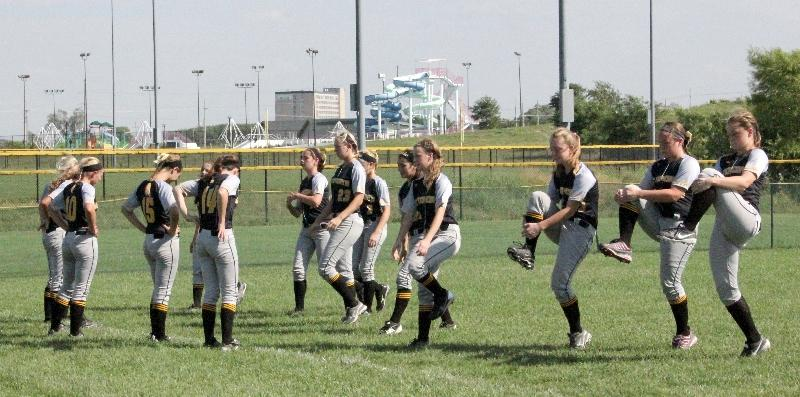 Tips to warming up well before softball games