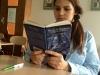 Sophomore Katelyne Kratofil reads