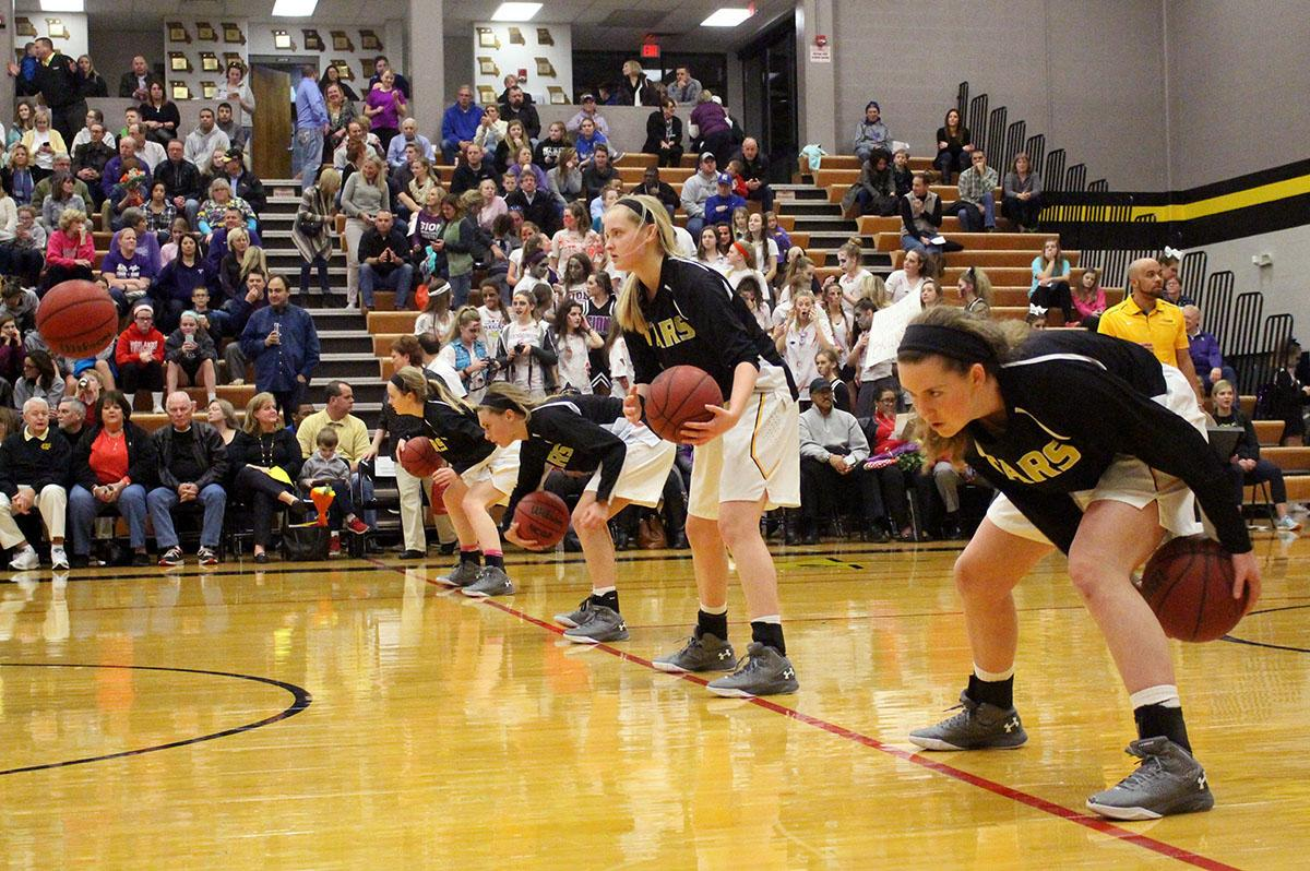 Gallery Basketball Team Defeats Sion At Senior Night Dartnewsonline