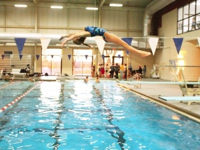Gallery: Swim team splashes into action