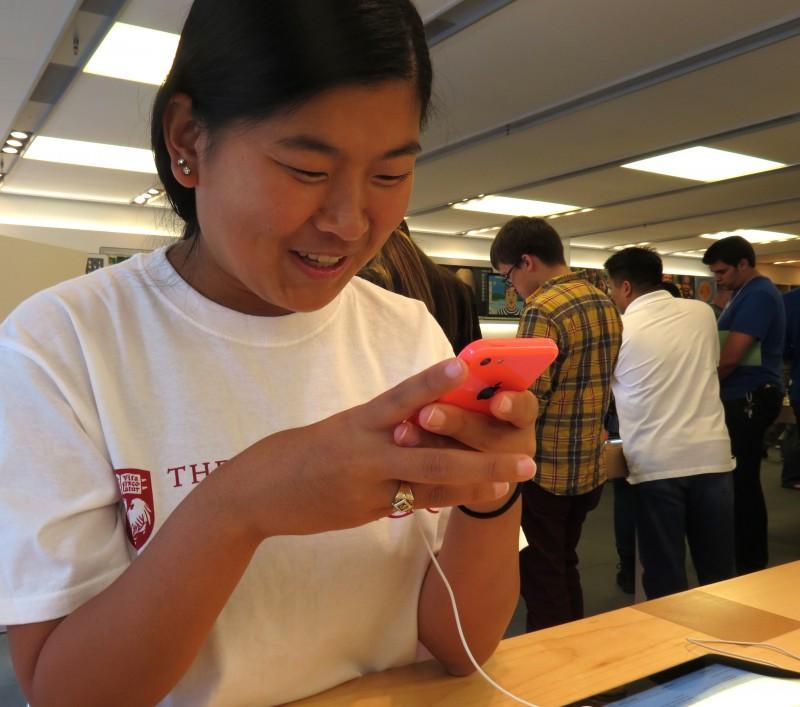 Apple+releases+iOS+7