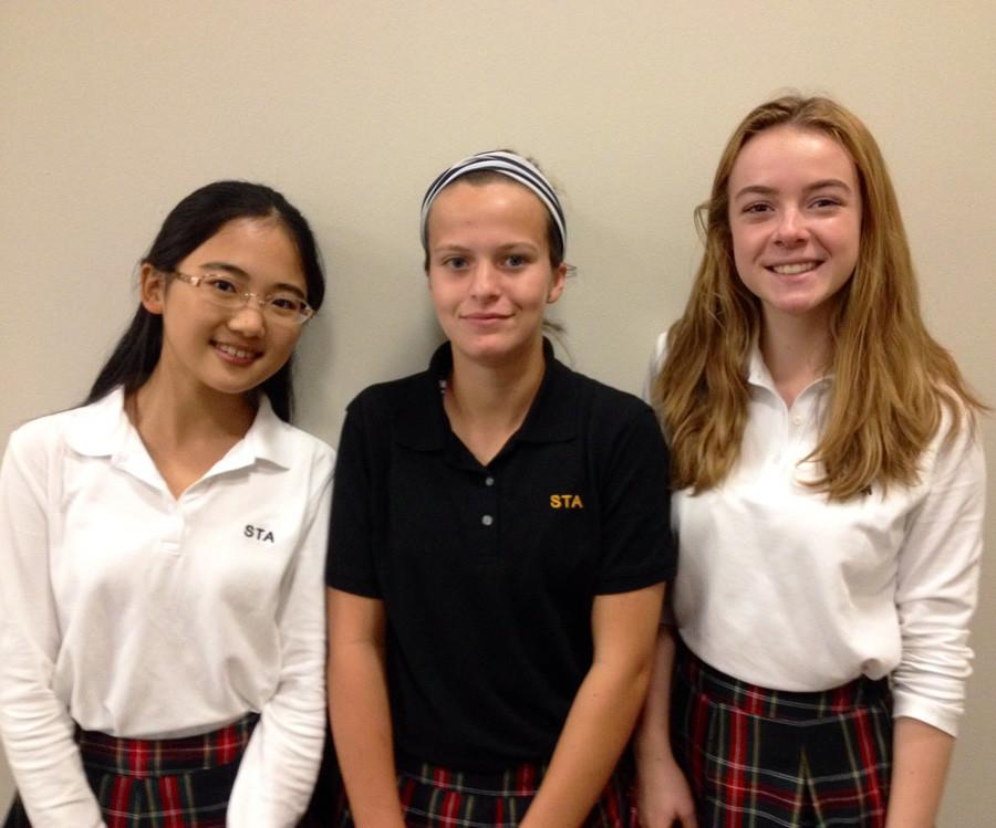 New sophomore students (from left to right): Erika Matsuda, Jordan Kehring and Zoe Willard. photo by Zoe Butler