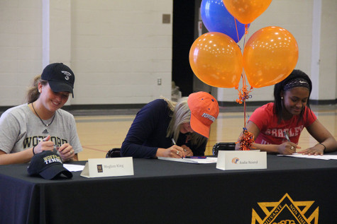 Gallery: College sports signing