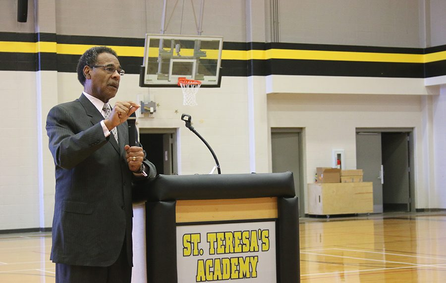 On April 4th, Congressman Emanuel Cleaver came to St. Teresa's to address a letter he recieved from Senior Maggie Hodes regarding the topic of lobbying. photo by Violet Cowdin