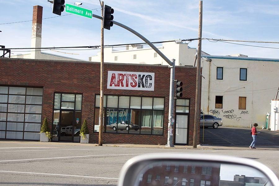 The ArtsKC sign promotes the Kansas City Regional Arts Council, which is dedicated to connecting the people of Kansas City to the local art. photo by Anne Claire Tangen