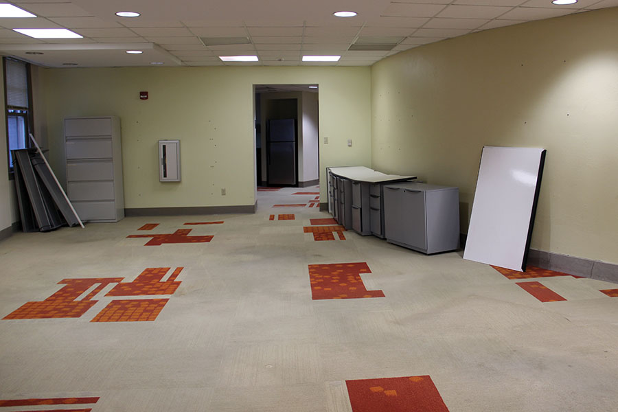 The third floor of M&A, where KCYA's offices used to be located, are currently uninhabited by any faculty or staff members of STA. There are currently plans to fill the vacant space, but the plans are undetermined. photo by Anna Louise Sih