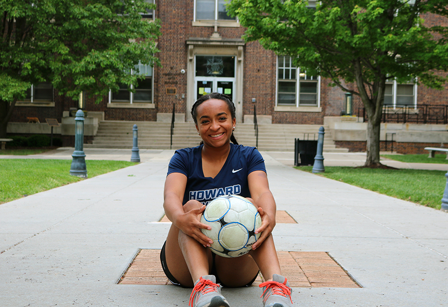Senior+Kamryn+Lanier+poses+for+a+photo+in+the+quad.+Lanier+plays+club+soccer+for+Sporting+Blue+Valley%2C+but+did+not+play+school+soccer.+photo+by+Anne+Claire+Tangen