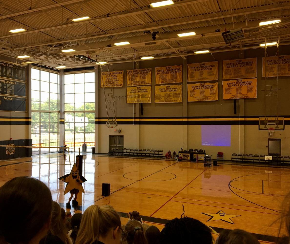 Fall pep rally turns into unexpected concert