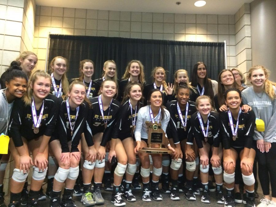 Varsity+volleyball+places+third+at+State