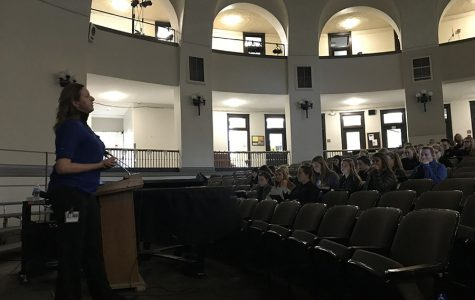 Forensics students attend talk from Latent Prints Analyst
