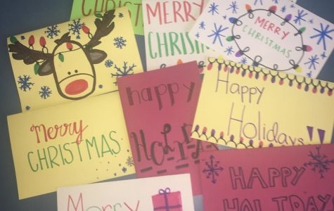 Pre-Health Club makes holiday cards for deployed soldiers
