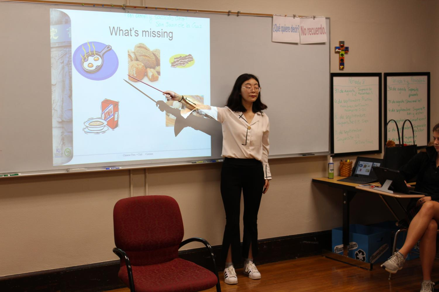 Mandarin teacher Libby Bai teaches her class Aug. 3. This is STA's first year with a face to face Mandarin teacher. photo by Grace Fiorella