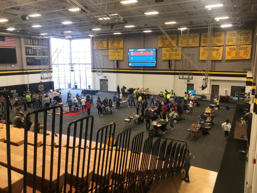 The robotics competition is held in the Goppert Gymnasium Dec. 1. photo by Beatrice Curry