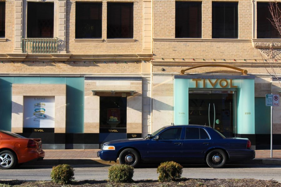 A police car sits outside the Plaza Tivol store as part of the area's security system March 2. During the Oct. 17 Plaza shooting, security captured the gunmen quickly since multiple policemen were surveying the area at the time. photo by Amy Schaffer