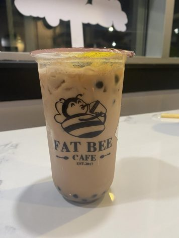 Fat Bee Drinks offers a variety of milk teas, fruit teas, coffees and smoothies Feb 18. The most popular menu item is the Fatbee Milk Tea with honey boba. photo by Sophia Rall